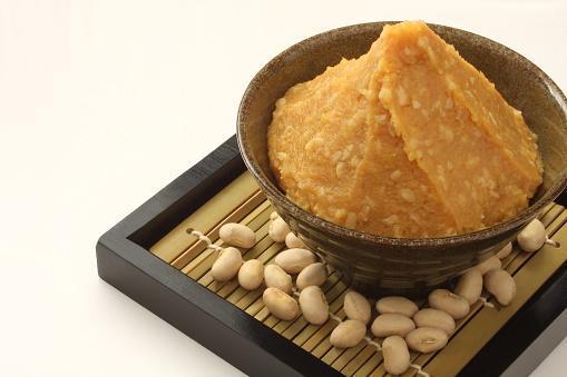https://media.istockphoto.com/photos/soy-beans-japanese-food-picture-id636628550?b=1&k=6&m=636628550&s=170667a&w=0&h=NWJQ9JnZEkqqRSyCbXRJBu1Si2B3O7ef8My8j3nNW-4=