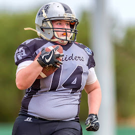 Gridiron Victoria: Sam Kelly by John Torcasio - Sports & Fitness American and Canadian football ( womens, sam kelly, image, gridiron victoria, photo )