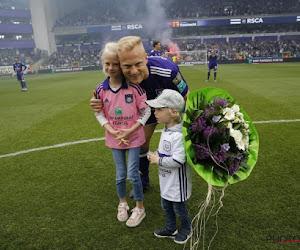 """Ook Anderlecht eert carrière Deschacht: """"Tot binnenkort, bij jou thuis, in het Park"""""""