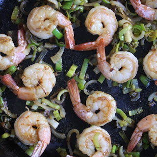 Healthy Shrimp and Grits with Leeks.