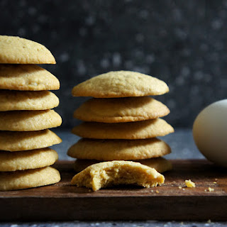 Salted Duck Yolks Cookies.