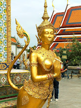 Photo: Bangkok, Wat Phra Kaew, Kinora (mythological creature)