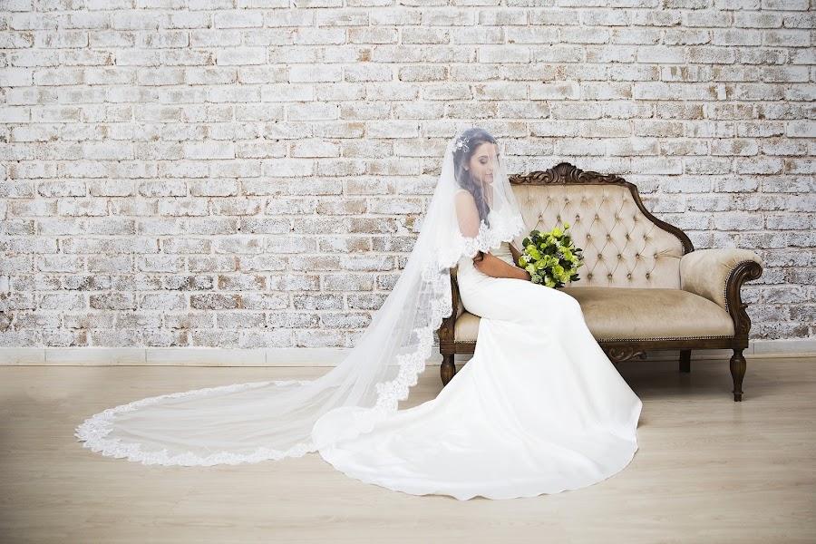 Wedding photographer Romaen Tiffin (renphotos). Photo of 09.04.2019