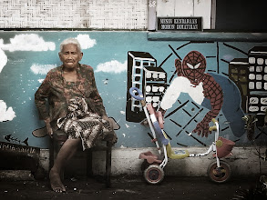 Photo: The Amazing SpiderMan in Indonesia