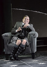 Photo: Wien/ Theater in der Josefstadt: DIE MAUSEFALLE von Agatha Christie, Inszenierung Folke Braband, Premiere 19.12.2013. Heribert Sasse. Foto: Barbara Zeininger