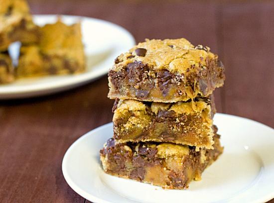 Turn-me-loose Cookie Bars Recipe