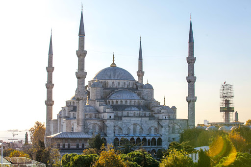 Blue-Mosque-from-a-distance.jpg - The Blue Mosque, or Sultan Ahmed Mosque, is one of the most striking landmarks in Istanbul.