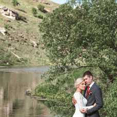 Wedding photographer Olesya Gulyaeva (Fotobelk). Photo of 13.08.2017