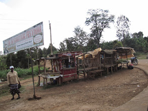 Photo: Poor roadside stalls en route to Chogoria