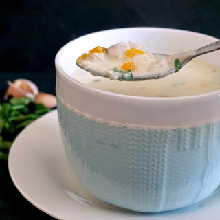 Chicken Soup With Garlic And Sour Cream.