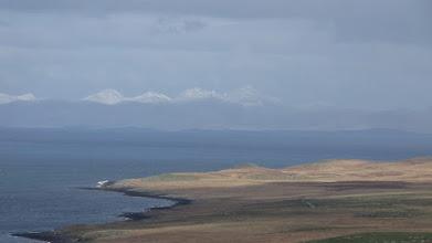 Photo: Isle of Skye - Trotternish (isles of Lewis an Harris au fond)