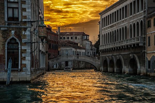 Nuvole dorate di Gian Piero Bacchetta