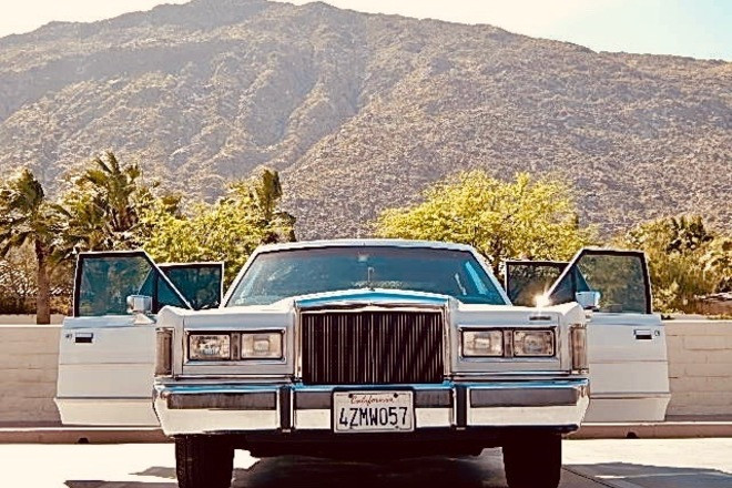 1988 Lincoln Town Car Hire Palm Springs