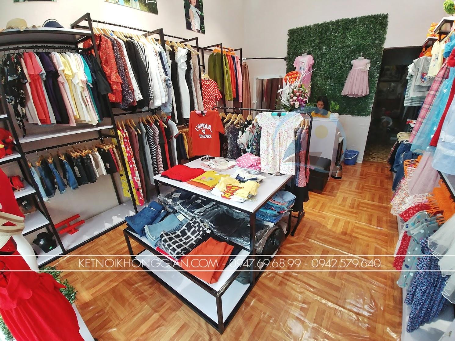 thiết kế shop thời trang diện tích nhỏ giá rẻ
