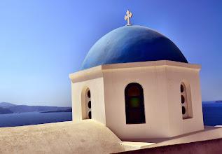 Photo: Все церкви на  Санторини  бело-голубые