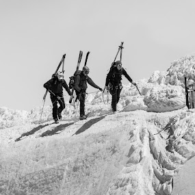 Team Work by Carlos Kiroga - Black & White Sports ( nature, black and white, snow, arrival, mont blanc, alpine, alps )