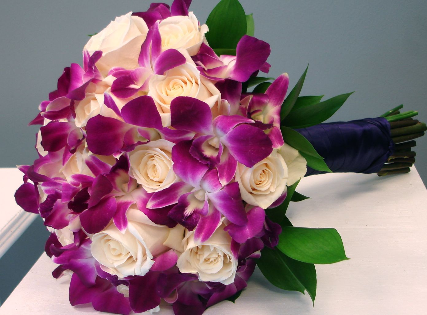 AwayWedding.com : The Hidden Meanings of Bridal Bouquets