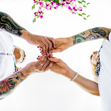Wedding photographer Alexander Raditya (raditya). Photo of 22.10.2016