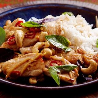 Basil And Cashew Chicken Stir-fry