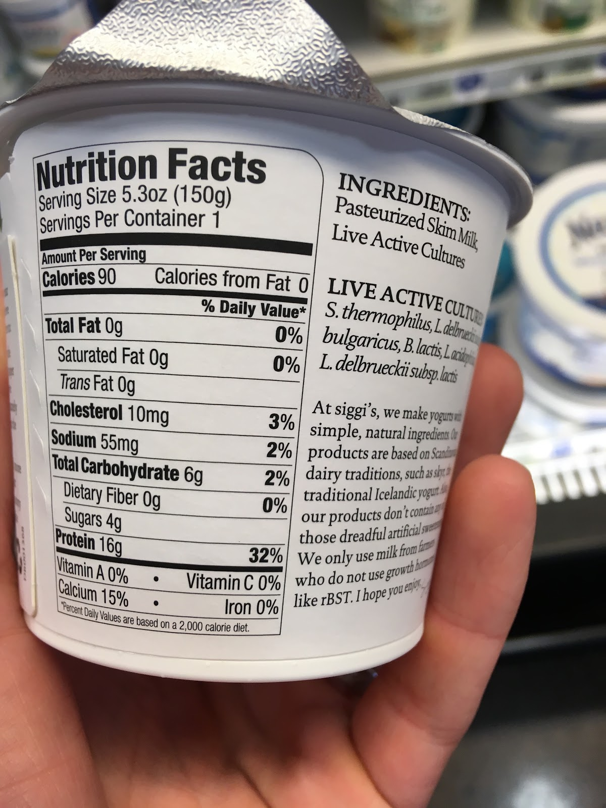 Photo of back-of-package of Siggi's plain yogurt. The Nutrition Facts panel reads 4g of sugar. The ingredients list reads: