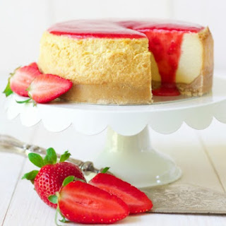 Instant Pot Strawberry Cheesecake.