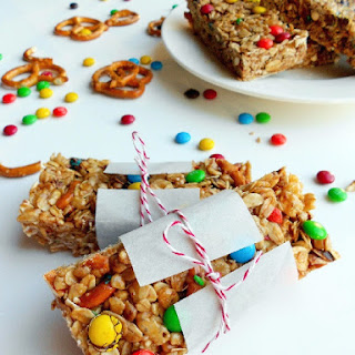 No-Bake Peanut Butter Pretzel M&M Granola Bars Recipe