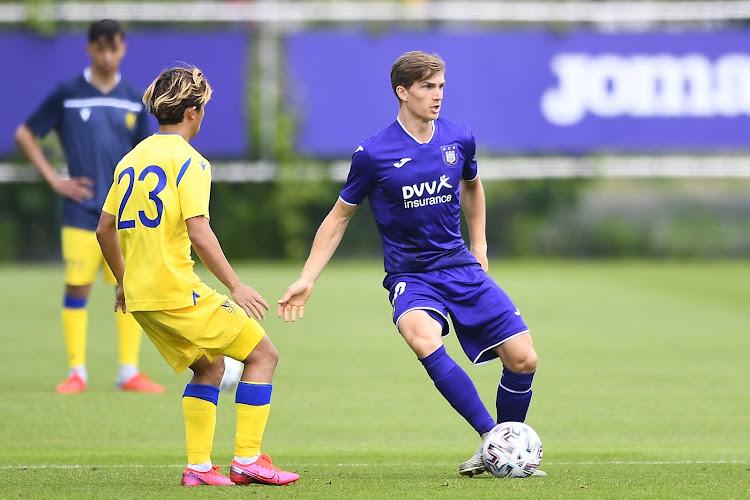 """Sieben Dewaele hoopt bij Heerenveen op speelminuten: """"Om daarna bij Anderlecht terug te keren... als nummer zes"""""""
