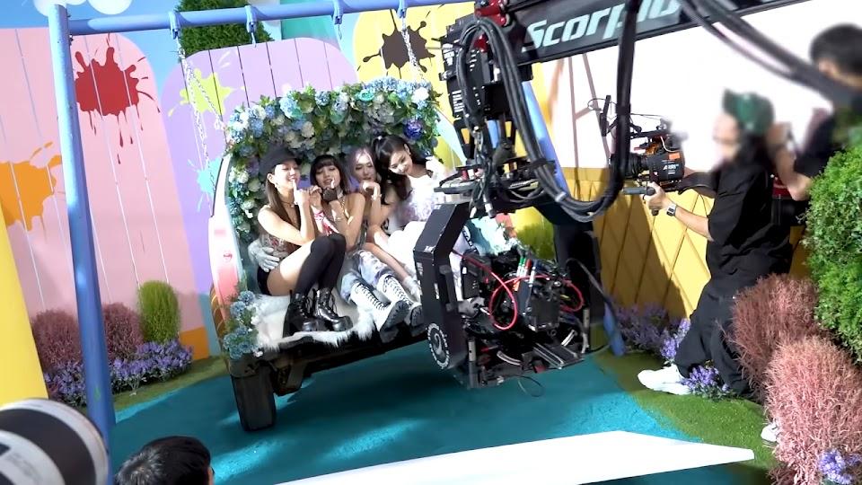BLACKPINK - 'Ice Cream (with Selena Gomez)' M_V MAKING FILM 2-5 screenshot