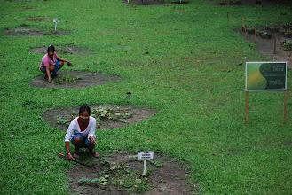 Photo: Women from the village working in Muyuna's Organic Garden.