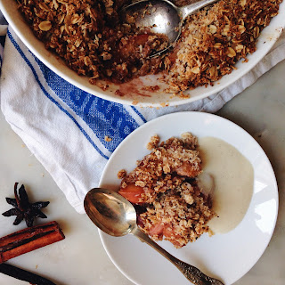 SUMMER STONE FRUIT CRUMBLE