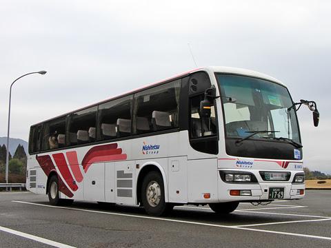 西鉄高速バス「フェニックス号」 9909 えびのPAにて_01