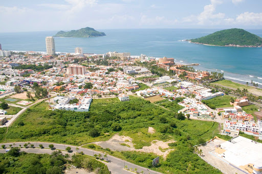 Golden-Zone2-Mazatlan.jpg - The Golden Zone of Mazatlan, Mexico.