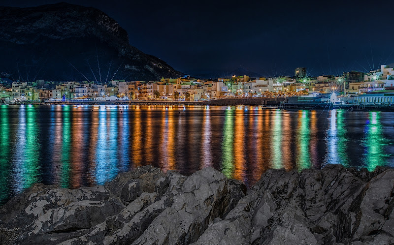 Luci e colori di Sferracavallo  di peppe_vella