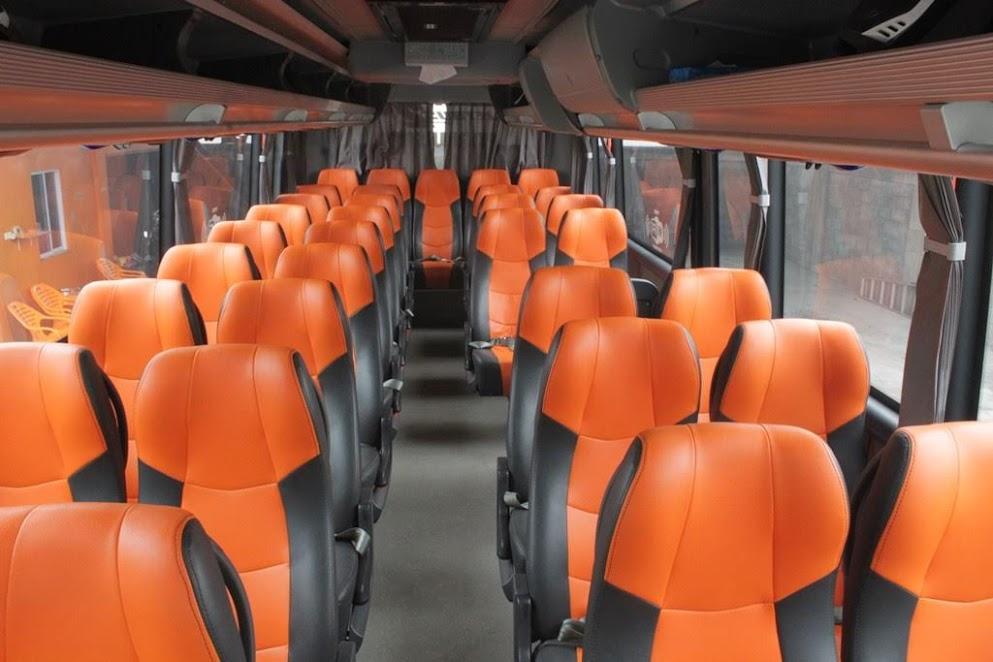 Interior Bus Pariwisata Pekanbaru