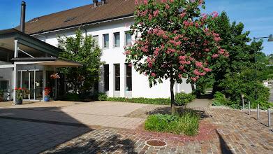 Photo: Schöner Vorplatz
