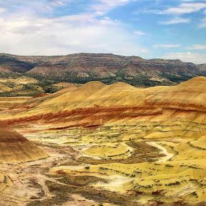 Painted Hills Panorama 3.jpg