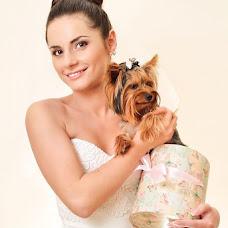 Wedding photographer Oleg Bacala (OlegBatsala). Photo of 01.10.2013