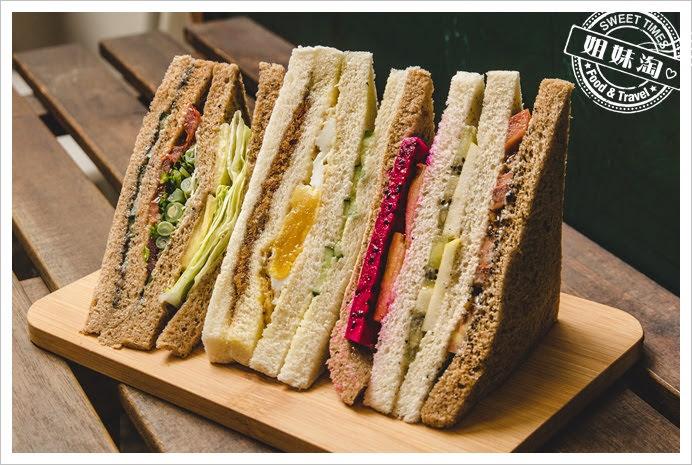 嚇一跳早餐店蔬菜、經典、水果三明治