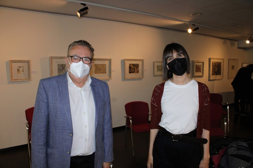 El director de La Voz, Pedro M. de la Cruz, y la periodista Marta Rodríguez.
