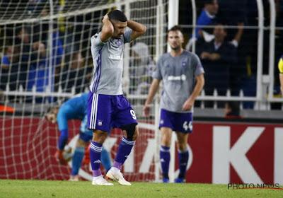 """Met rood van het veld gestuurde Bakkali gefrustreerd én boos: """"Ze waren niet beter dan wij"""""""
