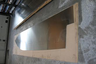 Photo: 5mm. bundplade skåret af en plade på 6x1,5m.