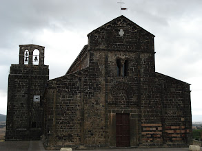Photo: Eglise en basalte de Ardava