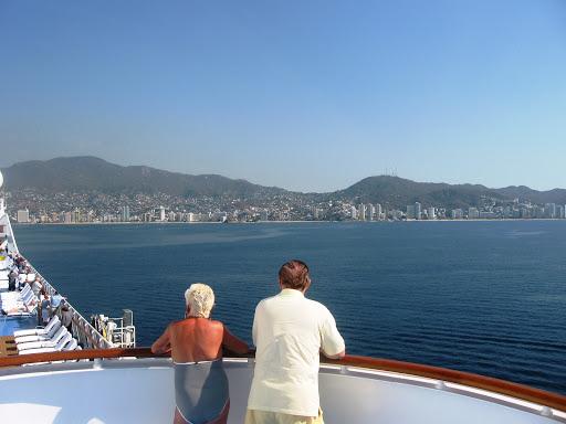 Arriving Acapulco on Oceania Marina