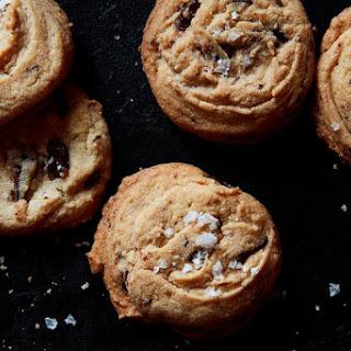 Danielle Oron'S Salted Tahini Chocolate Chip Cookies Recipe