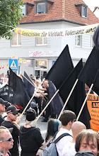 Photo: Vielfalt und Toleranz? Für Nazis ist das nix.