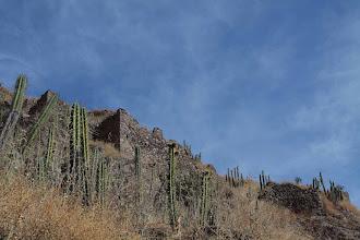Photo: Altos muros en la ladera / Soncoquilla Huanca / 18 y 19 de Noviembre (2012) Caylloma