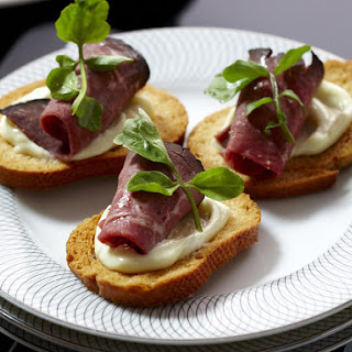 Beef Crostini Appetizer Recipes.