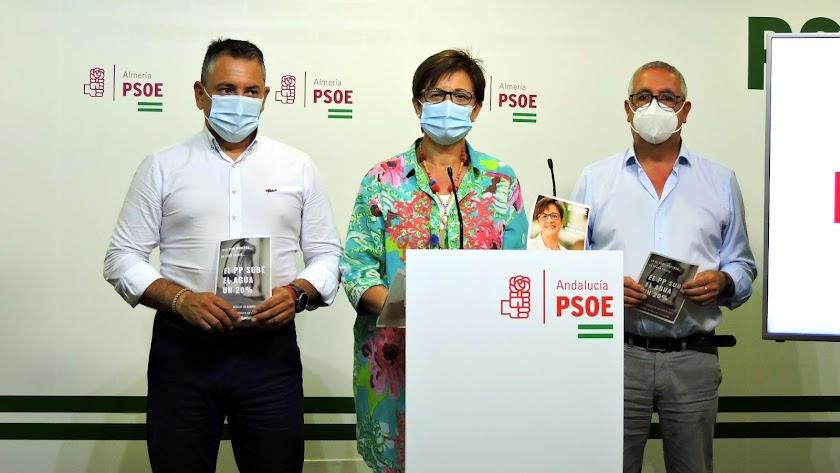 Desde la izquierda, Indalecio Gutiérrez, Adriana Valverde y José Antonio Alfonso.