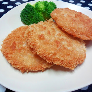 Thick-Sliced Hamukatsu (Deep-Fried Breaded Ham) with Tasty Cheese Flavor