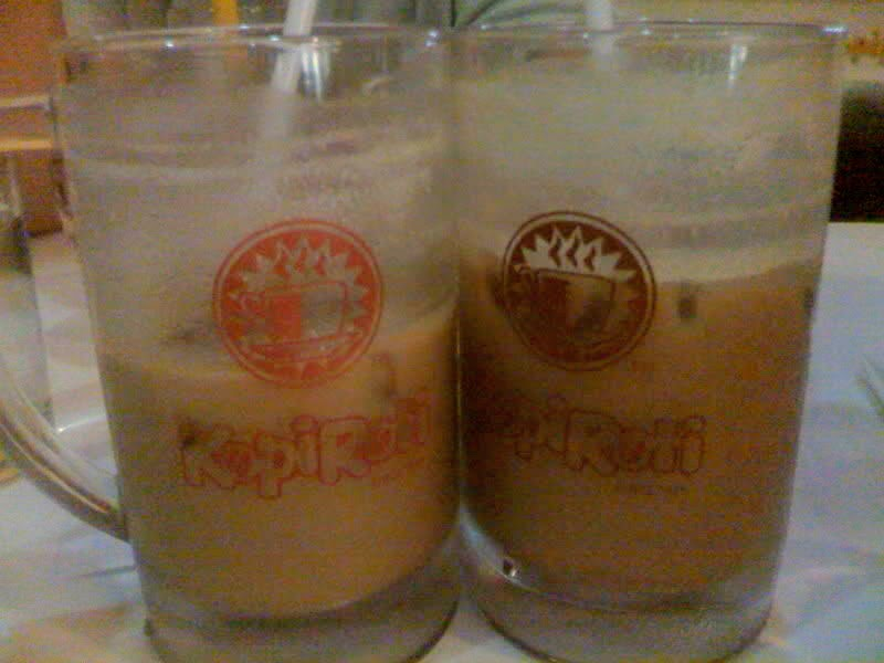 iced kopi with milk